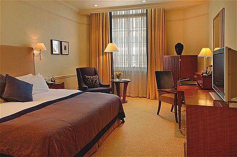 langham_guest_room