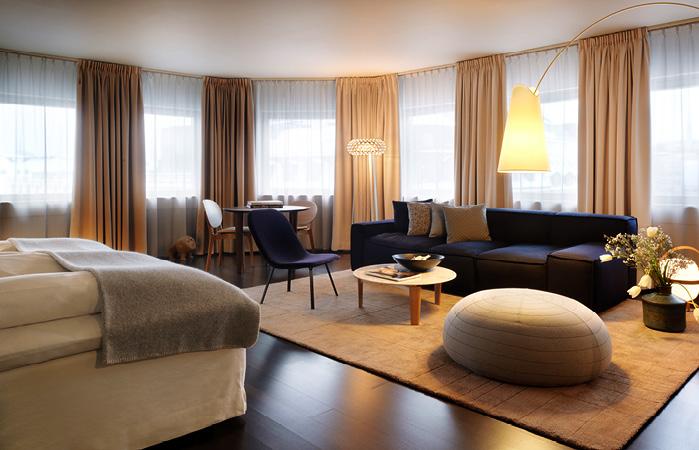 Nobis_Hotel_Suite_2_699x450