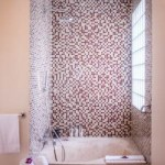 Anantara_Hoi_An_Vietnam_Resort-Junior-View-Suite-bathroom-G-AHAR_1942